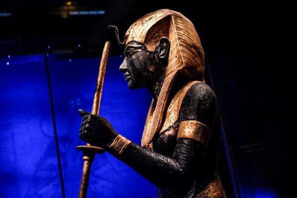 Une statue de Toutânkhamon exposée à Paris jusqu'au 15 septembre 2019.