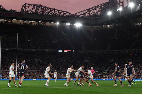 L'affrontement a été rude entre les Dragons Catalans et St Helens en finale de la Super League, samedi 9 octobre 2021, à Manchester.
