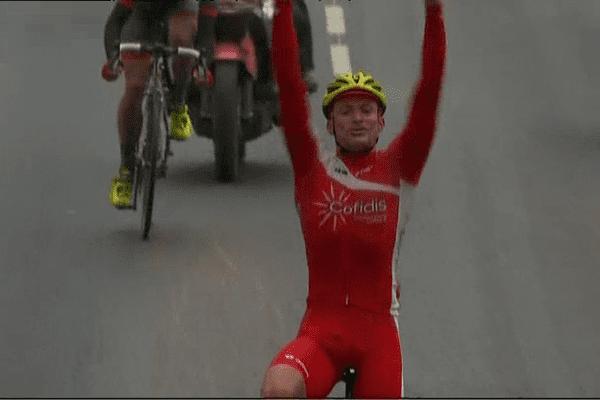 Tro Bro Leon : Adrien Petit (Cofidis) en vainqueur au sprint à Lannilis