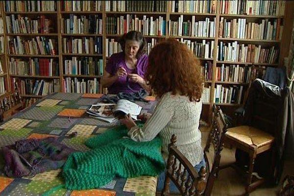 Lire, tricoter, le restaurant se veut être un lieu de partage