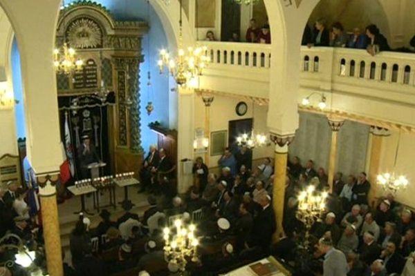 Cérémonie à la synagogue de Nice.