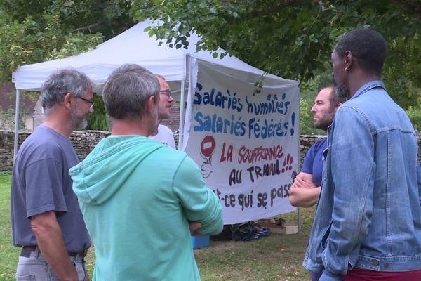 A l'ITEP de Revigny dans le Jura, une vingtaine de salariés sont en grève, pour divers motifs dont le pass sanitaire qui a conduit à la suspension de certains de leurs collègues.