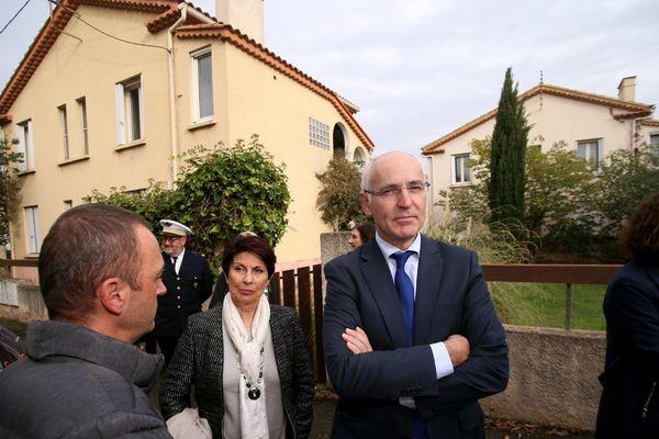 Thierry REPENTIN, délégué interministériel à la mixité sociale dans l' habitat, à Istres lors de sa visite dans la cité Craon, où 92 logements vont être construits à la place des anciens bâtiments destinées aux militaires.