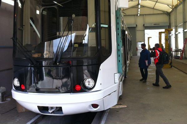 L'entreprise clermontoise ACC (Ateliers de Construction du Centre ) est spécialiste de l' ingénierie et de la maintenance dans le secteur ferroviaire.Elle rénove, modernise et révise les matériels roulants, comme les RER A et B à Paris, le mythique Orient Express et actuellement le tramway de Grenoble.