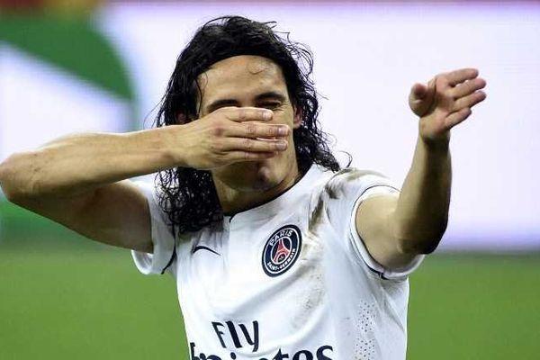 Un match de suspension pour Cavani pour son geste lors du match contre Lens