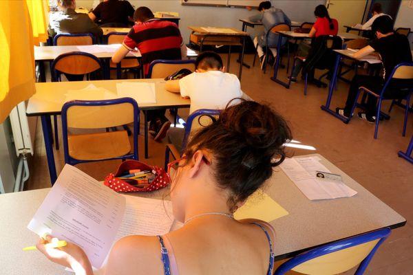Le Brevet de collège a débuté avec l'épreuve de Français.