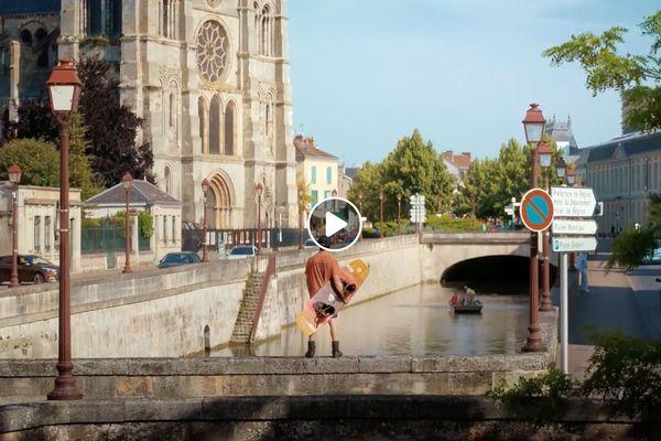 Un clip original pour vanter la commune de Châlons.