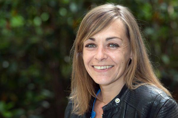 """Agnès Martin Lugand s'est fait connaître avec son premier roman, """"Les gens heureux lisent et boivent du café""""."""