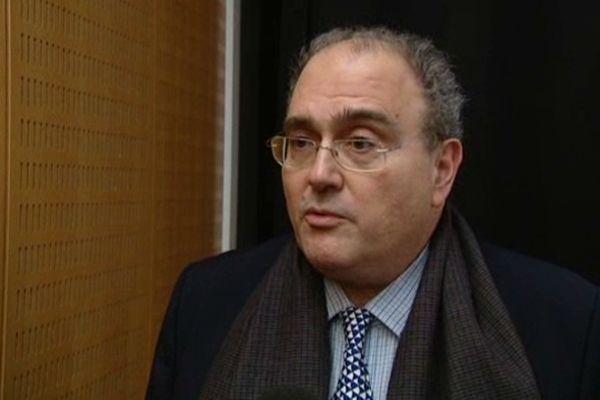 Paul Giacobbi interpelle l'Etat
