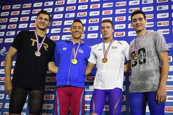 De gauche à droite : Roman Fuchs, Jordan Pothain, Rémi Meresse et Mehdi Lagili, après la finale du 200m nage libre des championnats de France 2019, à Rennes.