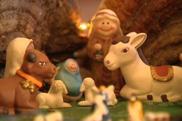 La veille de Noël, les habitants de Viverols constatent la disparition de l'enfant Jésus dans la crèche installée sur la place du village. Un avis de recherche est lancé. Tout s'est finalement bien terminé mercredi matin après deux jours d'enquête.