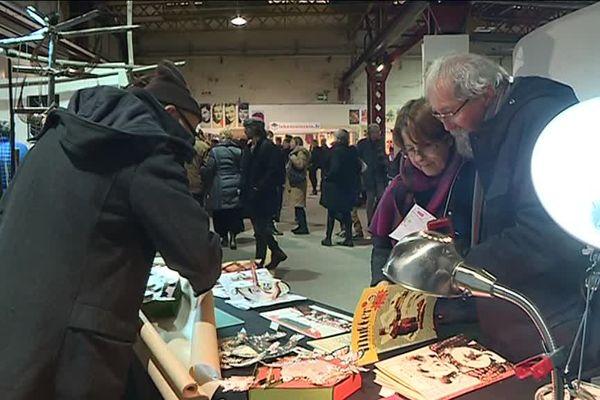 Depuis 2001, le P'tit Baz'Art à Nancy propose le temps d'un week-end une alternative artistique aux marchés de Noël marketés.