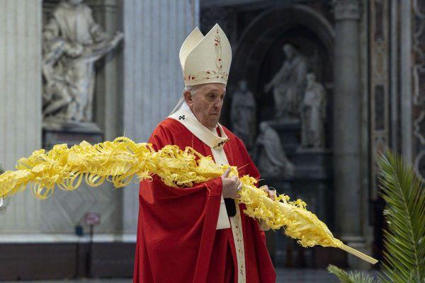 Le pape François a célébré dimanche la messe des Rameaux le 28 mars.