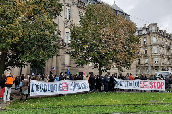 Les manifestants anti-PMA ont répondu, samedi 10 octobre 2020, à l'appel du collectif d'associations Marchons Enfants.