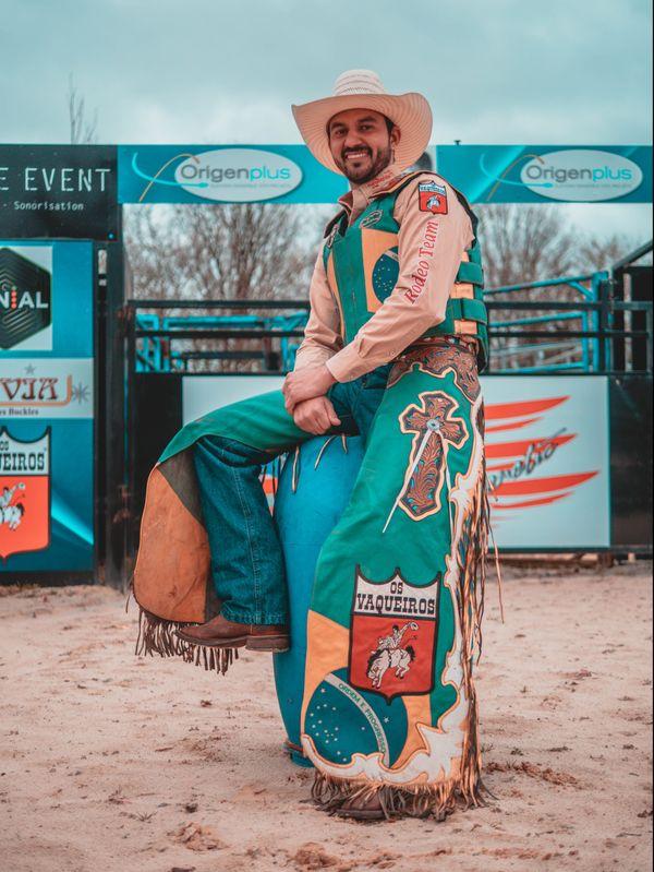 Le champion du bull riding Wellington José Rodrigues.