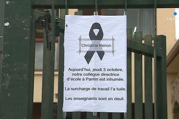 Une affichette en hommage à Christine Renon a été affichée à l'école de Borgo.