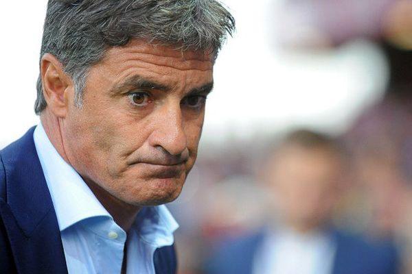 """""""Certains joueurs choisissent leurs matches"""", a regretté l'entraîneur de l'Olympique de Marseille, Michel, avouant qu'il avait du mal à se faire à cette """"mentalité"""" française."""