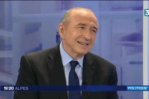 Gérard Collomb sur le plateau de France 3 Alpes