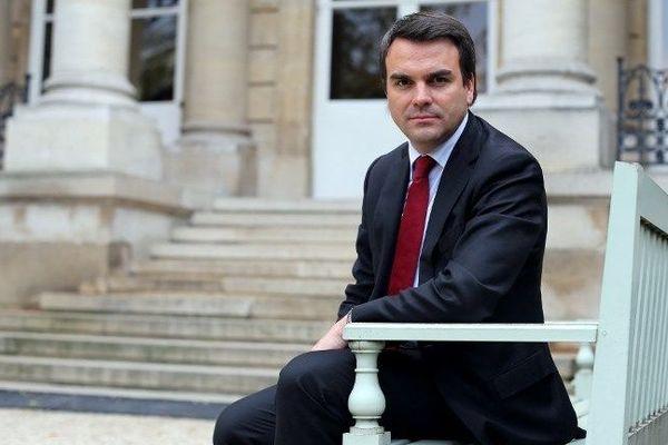Thomas Thévenoud devant l'Assemblée nationale à Paris le 30 octobre 2012
