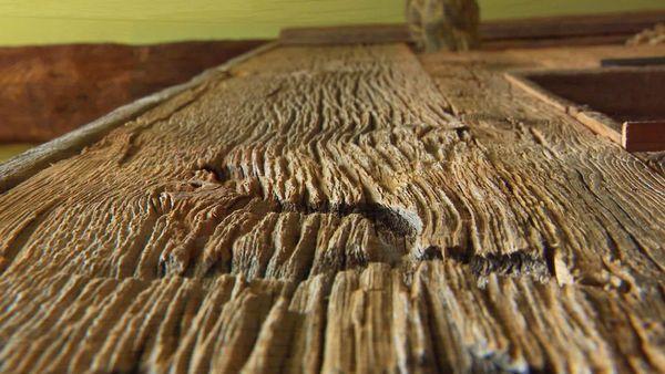 Le bois vieilli offre un aspect étonnant et à chaque fois unique