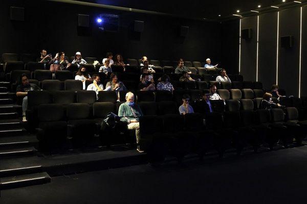 Face à la baisse de fréquentation, les cinémas indépendants multiplient les événements dans leurs salles.