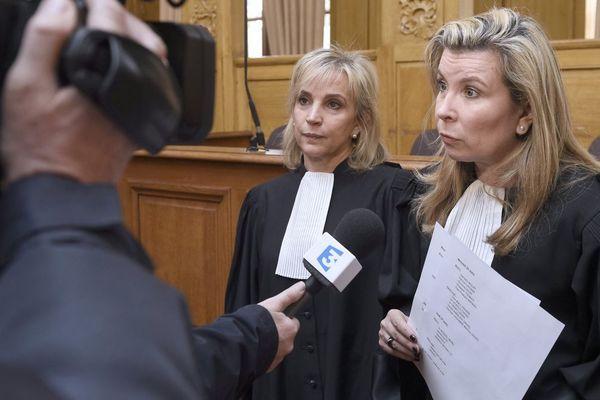 Janine Bonaggiunta et Nathalie Tomasini au procès de Jacqueline Sauvage, à Nancy en mars 2016.