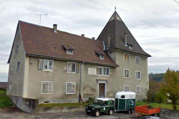 La commune de Hagenthal-le-Bas a mis le château en vente sur internet