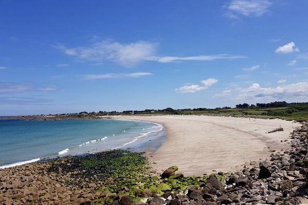 La mairie de Fermanville dans le Cotentin va demander la réouverture de la plage de la Mondrée