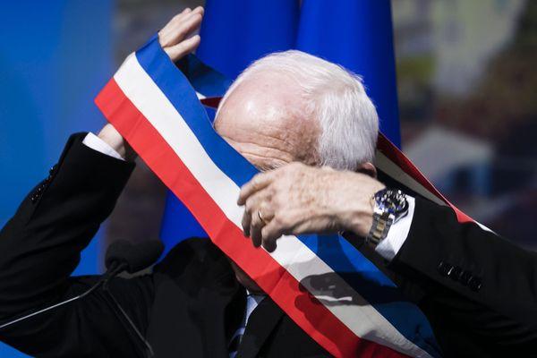Municipales : un maire sur deux a fait le choix de ne plus porter l'écharpe tricolore et de ne pas se représenter. (Photo d'illustration 102e Congres de l Association des Maires et des Présidents d'intercommunalité de France).