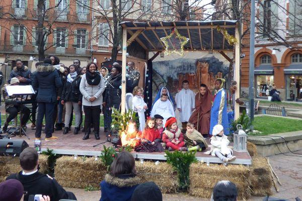 Depuis 2011, La crèche vivante s'installe place Saint George à Toulouse.