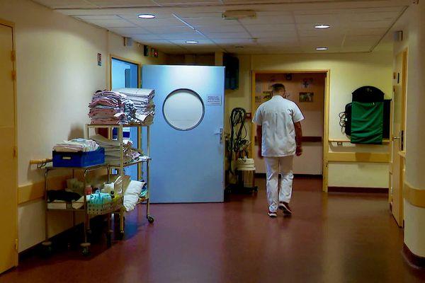 Au service des urgences de l'hôpital de Saint-Calais dan sla Sarthe