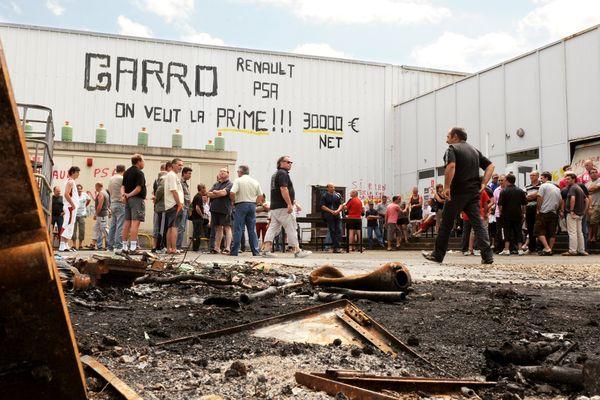 Piquet de grève à l'usine New Fabris de Châtellerault (Vienne), le 15 juillet 2009