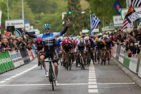 Owen James remporte la quatrième étape du Tour de Bretagne