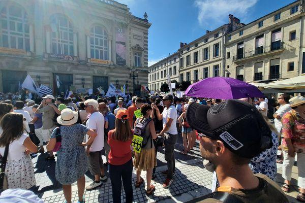 Les opposants au pass sanitaire, place de la Comédie à Montpellier, le 18 septembre 2021.