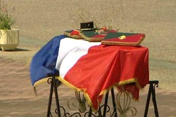 Cérémonie émouvante mardi matin à la caserne de Laudun L'ardoise dans le Gard à la mémoire du sous-officier chef Dejvid Nikolic, du premier régiment étranger de génie, tué au Mali