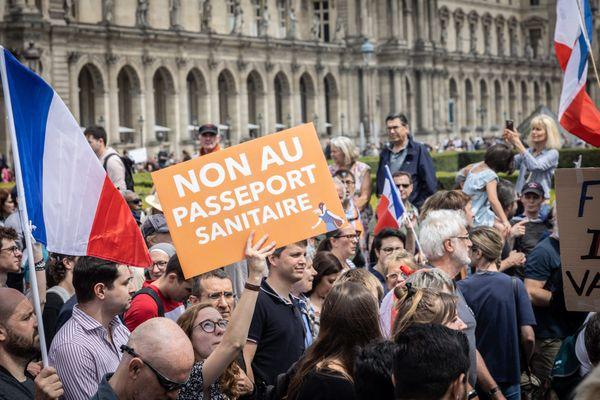 Manifestation contre le passeport sanitaire à Paris. Photo d'illustration.