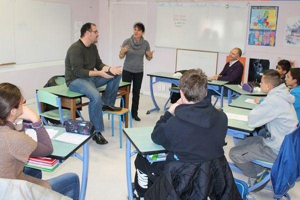 L'écrivain Benoît Severac à la rencontre d'élèves du CDSA d'Albi