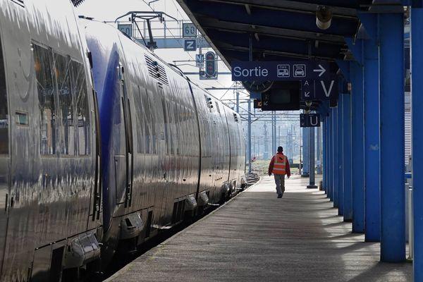 Plusieurs trains entre Boisseaux et Cercottes sont annulés ce vendredi 18 octobre.