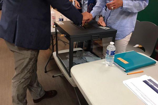Les électeurs sont invités à voter le dimanche 27 juin pour le second tour des élections départementales.