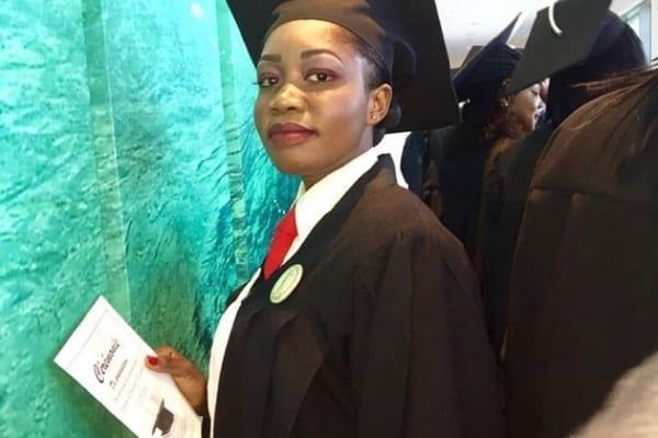 Shylone Bissereth a suivi un cursus de quatre ans en droit en Haïti.