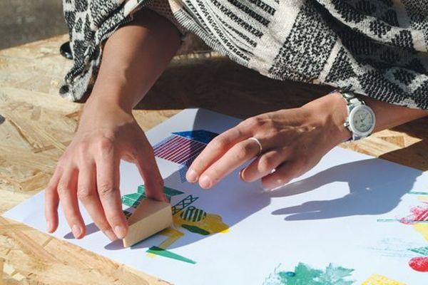 Des cours sont ouverts à tous pour éveiller la fibre artistique présente en chacun.