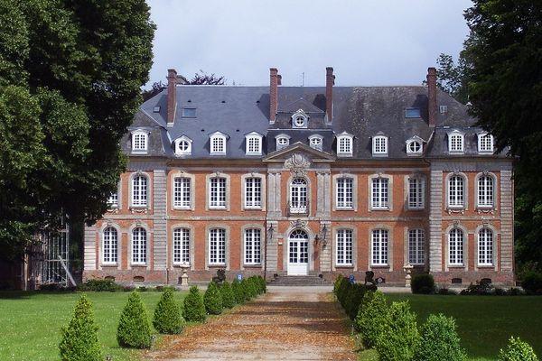 Un VENDREDI de soleil dans l'Eure, au Château de Carsix.