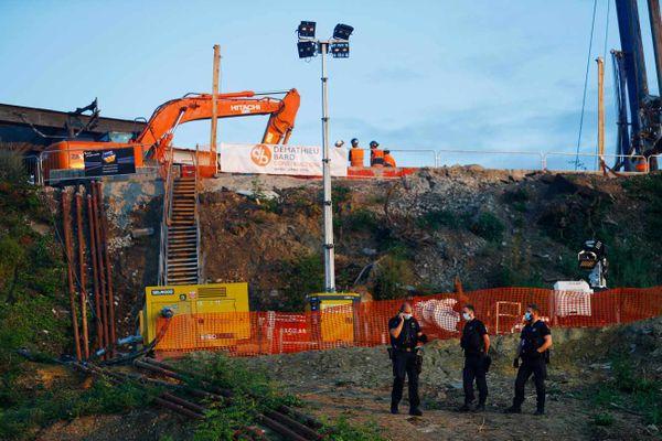 Le corps sans vie de l'ingénieur enseveli dimanche dernier lors d'un affaissement de terrain à Massy (Essonne) a été retrouvé ce vendredi.