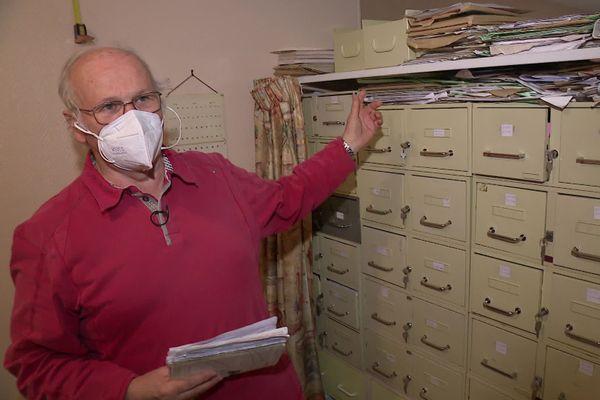 Le Docteur Yvon Le Du suit environ 1.500 patients.