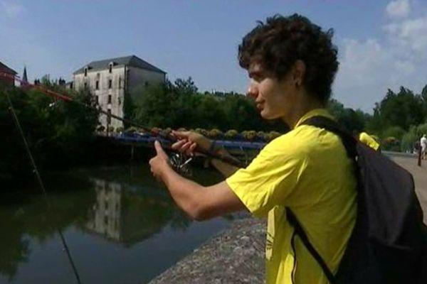 Paul, l'un des 43 compétiteurs du  Fish in Street de Châteauroux (Indre) - 5 juillet 2015