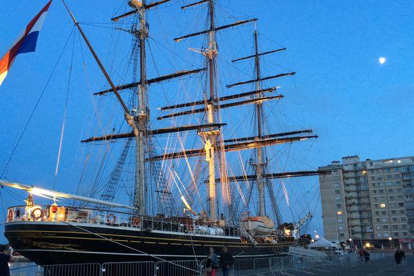 Le Stad Amsterdam est arrivé le 19 août et repartira le mercredi 22 août au matin