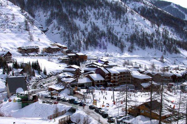 La Foux d'Allos : des skieurs mais pas d'office de tourisme