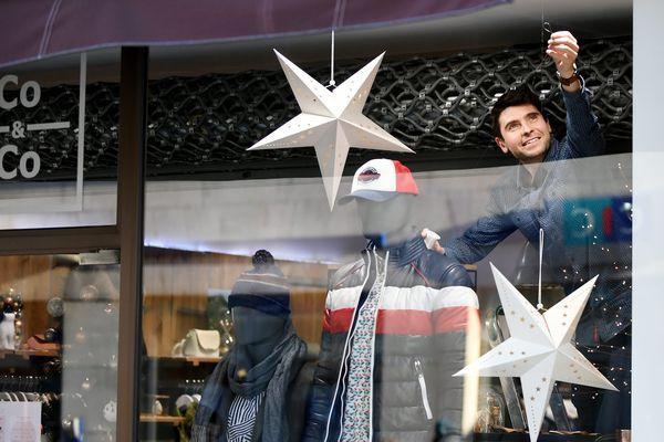Les commerces ouvrent à nouveau : les achats de Noël sont espérés !