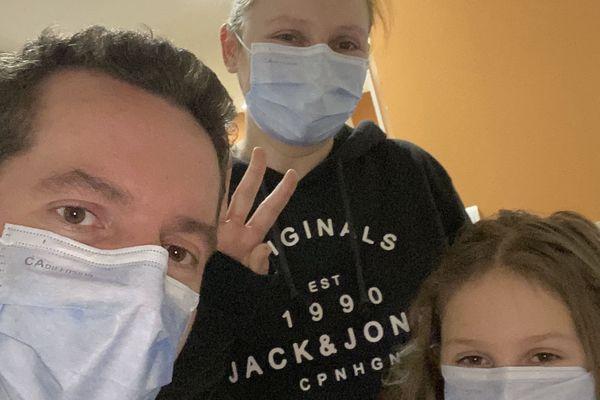 Gaëtan Duez et l'une de ses filles ont été contaminés début mars.