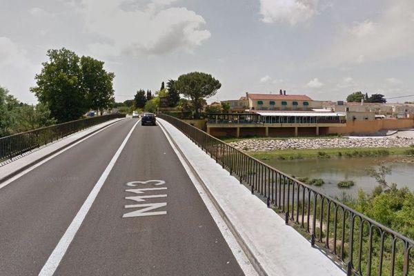 Lunel (Hérault) - pont sur le Vidourle - archives